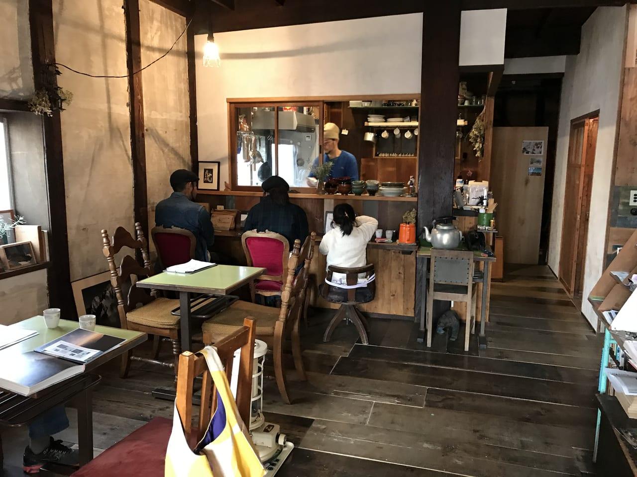 松本市山山食堂